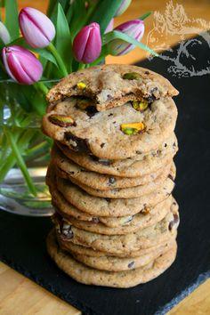Squirrel of Nom's Tasty Treats: Perfect Chocolate Chip (Pistachio) Cookies