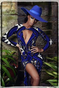 Fashion pictures or video of ANISSA by Peter Steele; in the fashion photography channel 'Photo Shoots'. Love Fashion, Fashion Models, Womens Fashion, Fashion Design, High Fashion, Azul Real, Peter Steele, Foxy Brown, Vogue