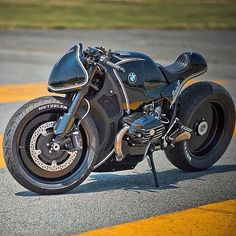 BMW cafe racer. .There's smthn that makes it different than the ones out there