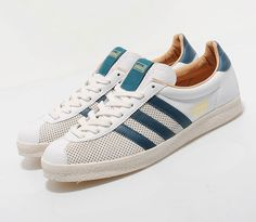 Generally when you see a sneaker bearing a particular year in its name, the year in question is when the model first hit the scene. The adidas Originals Trainer has bit of a different history, first dropping in 1964 … Continue reading → Only Shoes, Men's Shoes, Shoes Sneakers, Tenis Casual, Casual Shoes, Adidas Men, Adidas Sneakers, Basket Sneakers, Converse