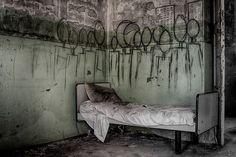 20 photos historiques d'asiles psychiatriques qui font froid dans le dos