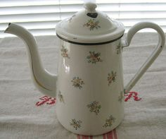 Floral Enamelware Coffee Pot Vintage | Second Shout Out