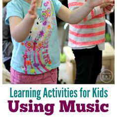 Learning songs for use at home or in preschool that teach concepts and build social skills! (Teaching 2 & 3 Year Olds) Music Activities For Kids, 3 Year Old Activities, Circle Time Activities, Preschool Music, Teaching Music, Kids Songs, Toddler Preschool, Preschool Activities, Movement Activities