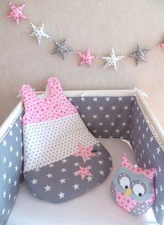 Tour de lit et gigoteuse étoile PATCHWORK gris/rose clair(modèle déposé)