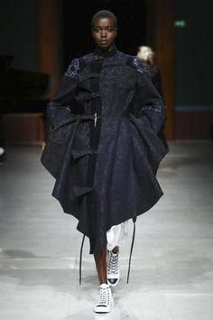Aganovich / Ready To Wear Fall Winter 2016 Paris