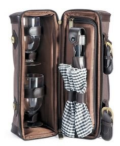 Outdoor Wine Cooler Bag  #corporategifts  #brandability Corporate Gift Baskets, Corporate Gifts, Drinkware, Wine, Mugs, Outdoor, Outdoors, Tumblers, Drinking Glass