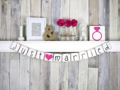 Just Married Sign -Just Married Banner - Wedding Decoration - Just Married Car Sign - Wedding Photo Prop
