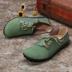 Large Size Women Casual Soft Lightweight Splicing Leather Lace Up Flats Loafers is cheap and comfortable. There are other cheap women flats and loafers online. Uganda, Lace Up Flats, Laos People, Themed Outfits, Sierra Leone, Jordan, Haiti, Seychelles, Casual Summer