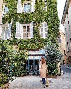 Wandering through the streets of Aix En Provence Aix En Provence, France Travel, Vienna, Perfect Place, Wander, Beautiful Places, Street, Instagram Posts, Dream Houses