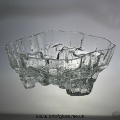 Iittala Inari large glass bowl by Tapio Wirkkala Large Glass Bowl, Art Of Glass, Glass Design, Decorative Bowls, Modern, Objects, Ceramics, Google Search, Vintage
