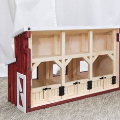 Build the perfect dollhouse for your little farmer. This barn dollhouse has realistic barn stalls with a loft for hay and tack. Made to fit 6 tall Schleich® horses. Add a fence for hours of play. Wooden Toy Barn, Wooden Diy, Toy Horse Stable, Schleich Horses Stable, Diorama, Kids Barn, Barn Stalls, Horse Barn Plans, Kids Wood