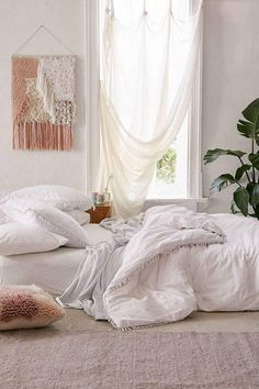 Twin Bed Sets With Comforter Cozy Bedroom, Bedroom Inspo, Bedroom Decor, Bedroom Ideas, Bedroom Designs, Pretty Bedroom, Master Bedroom, Master Suite, White Room Decor