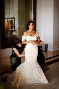Mario Lopez wedding to Courtney Mazza at the Joe Francis estate in Punta Mita, Mexico by Kevin Weinstein Photography | Kevin Weinstein Photography