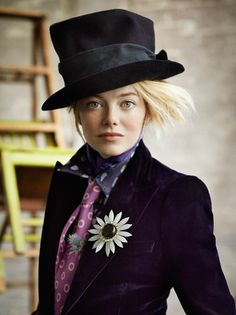 Emma Stone as the Mad Hatter. Mad Hatter Theme Fashion. Mad Hatter Costume
