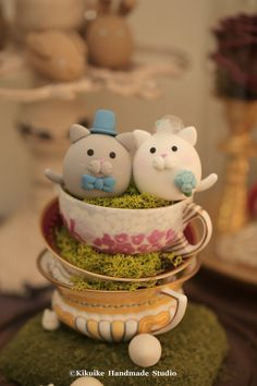 kitty and Cat wedding cake topper by MochiEgg on Etsy