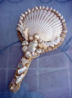 New Bathroom Beach Diy Mirror Ideas Mirror Crafts, Diy Mirror, Mirror Ideas, Mermaid Crafts, Mermaid Diy, Seashell Art, Seashell Crafts, Seashell Projects, Cleaning Sea Shells