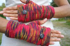 Ravelry: Oxford Mitts pattern by Amanda Lilley - Love this yarn.