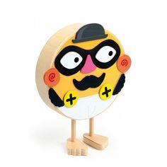 Mystery Man. Bonhomme en bois à déguiser avec des pièces magnétiques.