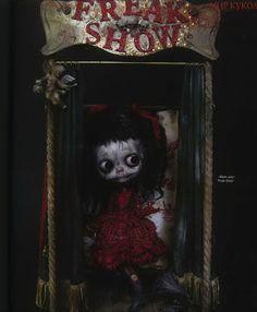 Article de presse sur les poupées de Julien Martinez, Magazine Doll World
