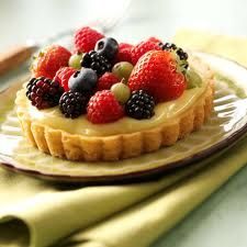 New York baker, and owner of Buttercup Bake Shop, Jennifer Appel loves sharing her passion for baking, and does so with these delightful tartlets. Stunning to Mini Desserts, Elegant Desserts, Sugar Cookie Fruit Tart Recipe, Sugar Cookie Bars, Cookie Dough, Tart Recipes, Dessert Recipes, Fruit Dessert, Yummy Treats