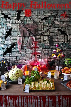 Lots of great halloween treats and party decorating ideas