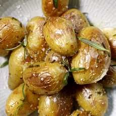 I Love Food, Sprouts, Potato Salad, Food And Drink, Potatoes, Yummy Food, Vegetables, Ethnic Recipes, Delicious Food