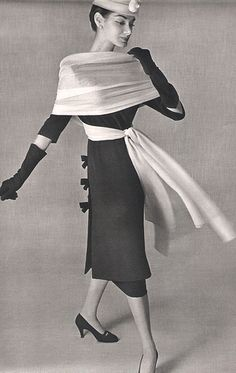 Best vintage fashion ideas! Take a look and get inspired. #vintage #industrial #fashion | See more suggestions at http://vintageindustrialstyle.com/