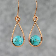 Turquoise Copper wire tear drop wrapped earrings от AnniDesignsllc