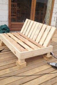 """""""Decoy construcción"""" meubles avec des palettes recyclées"""