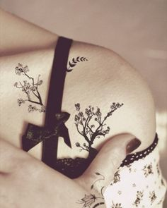 tree on shoulder | Tattoo Ideas Central