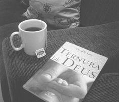 """""""Este livro trata do melhor, daquilo que todos precisamos conhecer: não basta saber que Deus existe, é preciso experimentar o Seu amor. Prepare-se para fazer uma experiência comovente. Algo irá mudar em você depois deste livro. Você irá querer que todos que ama experimentem a ternura destas páginas. Ela ultrapassa o autor, pois é a ternura do próprio Deus."""" Márcio Mendes"""
