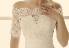 I adore lace wedding gowns!