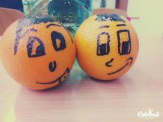 Když se nudíte s friends o přestávce s mandarinkou  :-D  :-D