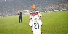 Le beau geste de Mario Gotze, héros de l'Allemagne - http://www.actusports.fr/112643/beau-geste-mario-gotze-heros-lallemagne/