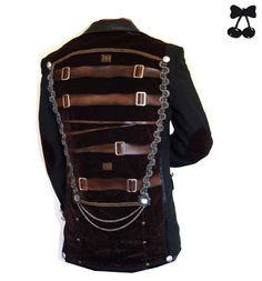 Steampunk Kleidung @ Pinup-Fashion.de