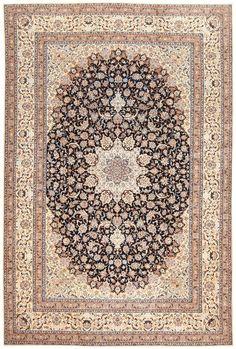 Persian Nain Carpet 50318
