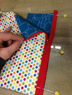 THE QUILT BARN: Sew Together Bag Sewalong Day 2