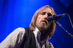Tom Petty, who passed away on Tuesday at 66, felt like part of the rock firmament in a way that was different from your Pauls,…
