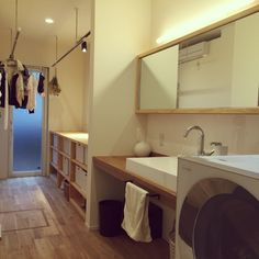 ma---kunさんの、造作棚,造作洗面台,アイアン,男前,ドライルーム,家事室,無垢材,洗面所,Bathroom,のお部屋写真
