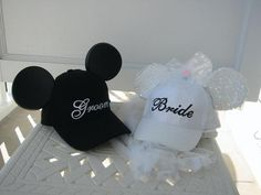 Mickey and Minnie Bride/Groom baseball caps. So much classier than the ears, and more functional around the park! Diy Disney Ears, Disney Diy, Disney Crafts, Disney Land, Disney Dream, Disney Trips, Disney Mickey, Trendy Wedding, Diy Wedding