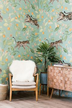 Anewall features fresh orange and green wallpaper for Spring. Our Clementine Mural comes in 6 panels and a smooth, matte finish. This hand illustrated Malayan tiger pattern wallpaper is perfectly lovely art for your walls. Tiger Wallpaper, Wall Wallpaper, Wallpaper Jungle, De Gournay Wallpaper, Gold Green Wallpaper, Funky Wallpaper, Bedroom Wallpaper, Traditional Wallpaper, Traditional Decor