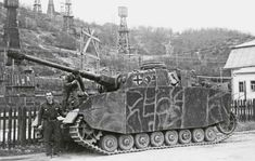 A crew with their Panzer 4 Ausf H in Romania protecting the oil fields during 1944