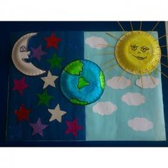 Crafts,Actvities and Worksheets for Preschool,Toddler and Kindergarten.Lots of worksheets and coloring pages. Autism Classroom, Classroom Decor, World Bulletin Board, Independence Day Decoration, Space Projects, World Crafts, Art Walk, Art N Craft, Out Of This World