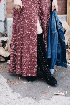 over the knee lace-up boots // Orchid Grey Early Fall Fashion, Autumn Fashion, Modest Fashion, Boho Fashion, Fashion Outfits, December Outfits, Vanz, Free People Clothing, Trends