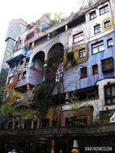 The Hundertwasser House in Vienna - Where art meets architecture | packmeto.com