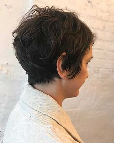 17-Short Hairstyles for Women 2017