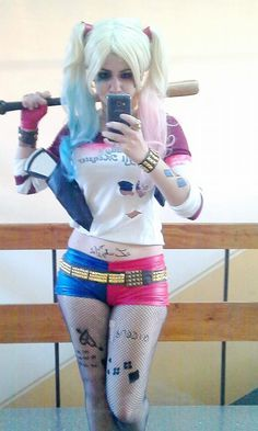Character: Harley Quinn (Dr. Harleen Quinzel) / From: DC Comics & Warner Bros. Pictures 'Suicide Squad' / Cosplayer: Magali Sanyán (aka neliiell, aka LA ALQUIMISTA DE ACERO) (2015)