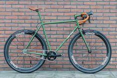 opignonlibre: Bike of the day 20140111 A really nice All-City SSCX. Bici Fixed, Velo Retro, Speed Bike, Single Speed Road Bike, Push Bikes, Urban Bike, Commuter Bike, Touring Bike, Bike Style