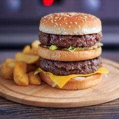 Homemade Big Mac  @prilaga  #delicious #eating #yummy #prilaga #delish #photooftheday #dinner #foods #foodie #sweet #instafood #foodporn #amazing #homemade #breakfast #fresh #hot #eat #foodpics #foodpic #yum #instagood #lunch #food #spicy #veganfood #tasty #hungry #foodgasm #foodlovers Homemade Big Mac, Homemade Breakfast, Food Pictures, Delish, Spicy, Vegan Recipes, Food Porn, Tasty, Lunch