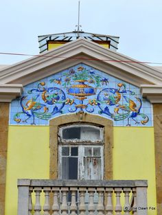 Old #window with painted #azulejo (tile) panel, Vila Nova de Foz Côa, #Portugal